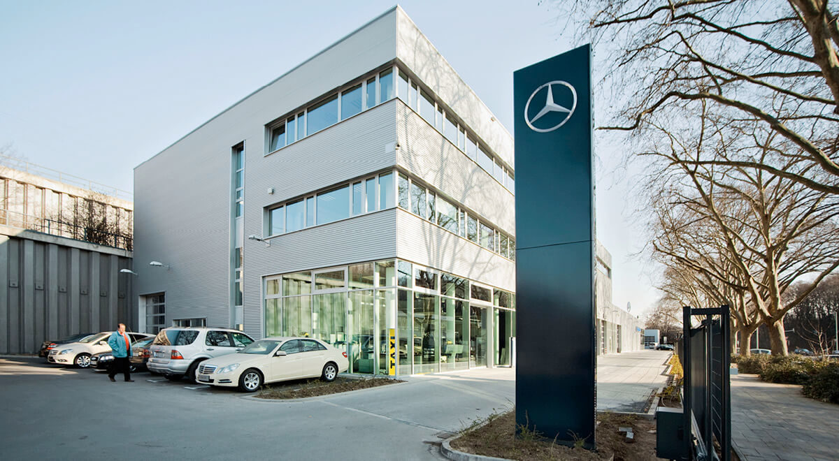 Autohaus-Architektur Mercedes Benz Köln