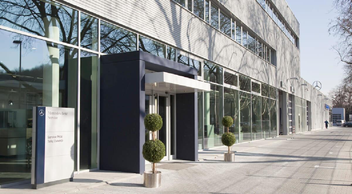 Außenansicht Architektur Autohaus Köln